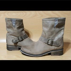 Steve Madden Pull On Leather Ankle Boots Women 10